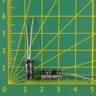 47 мкФ х  16В Конденсатор электролитический 105С