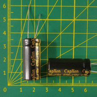 Конденсатор компьютерный 4700 мкФ х 10В