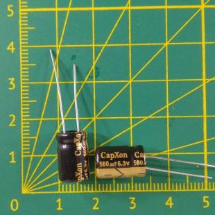 Конденсатор компьютерный 560 мкФ х 6,3В
