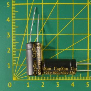 Конденсатор компьютерный 820 мкФ х 25В