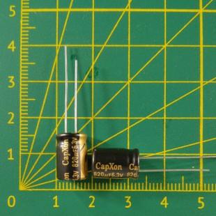 Конденсатор компьютерный 820 мкФ х 6,3В
